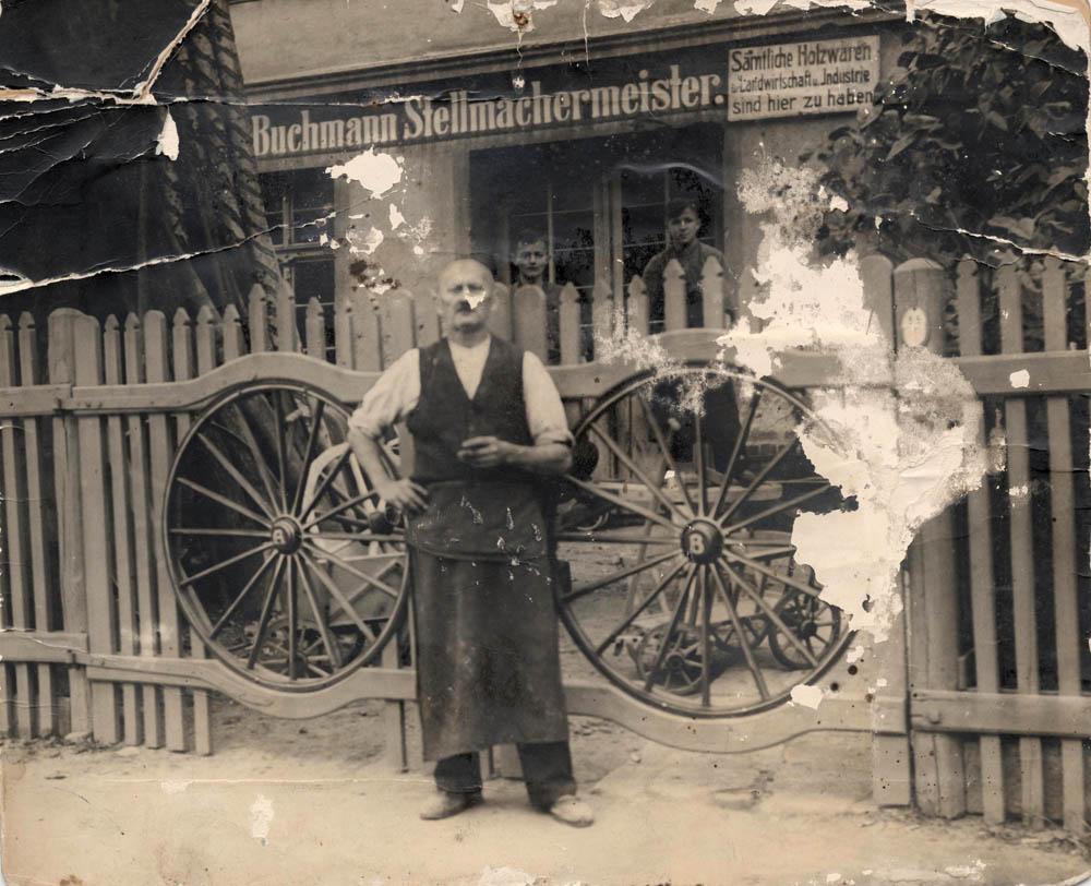 Grossvater und Stellmacher-Meister Buchmann