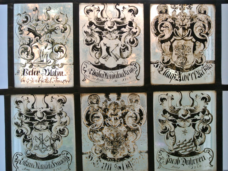 Sechs Familienwappen auf Fensterglas, Landesmuseum Dithmarschen